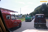 Parade de Renault 4 au 6eme 4L International