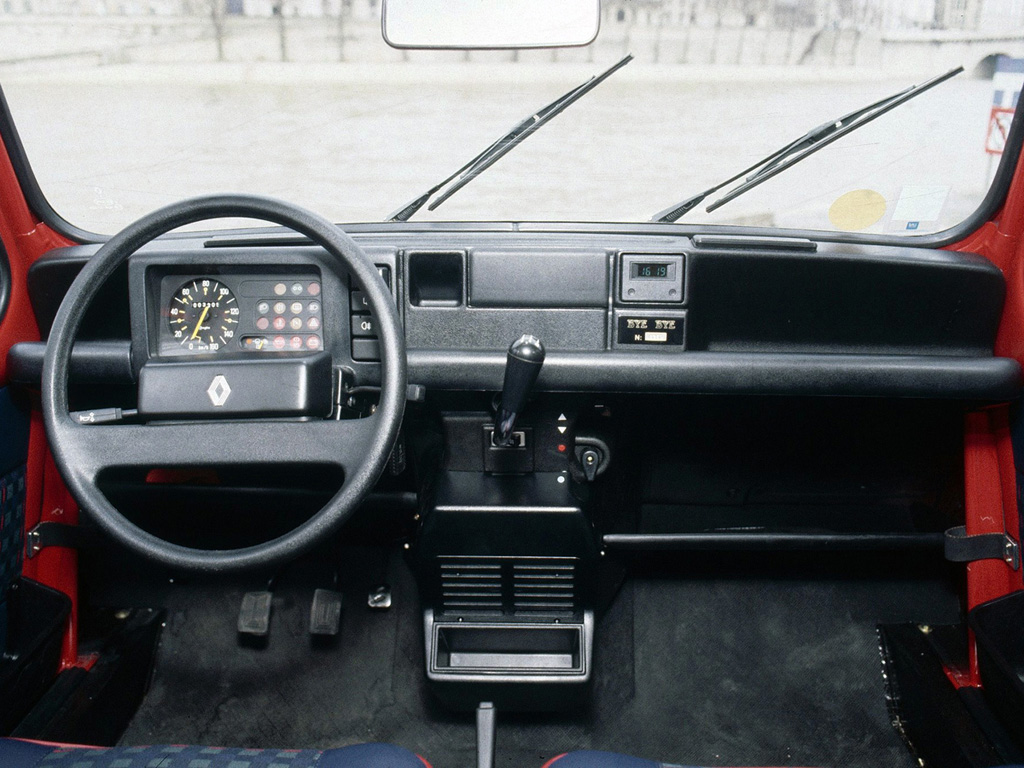 La4ldesylvie for Renault 6 interieur